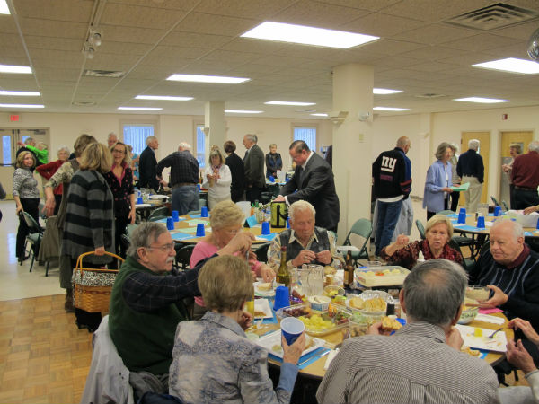 A full house! The show was in the social hall of Resurrection Catholic Church in Moneta, Virginia.
